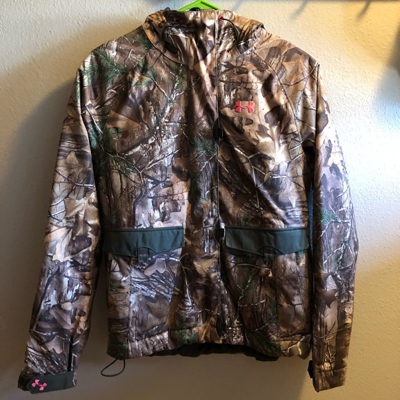 Under armor women s hunting jacket size small. M 5b7235eb5a9d218990236ed2 632bafe6f